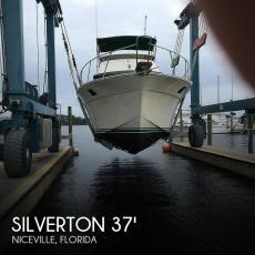 1982 Silverton 37 Convertible