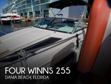 2017 Four Winns Vista 255