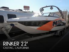 2015 Rinker Captiva 220 MTX