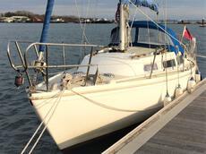Jaguar 27 fin keel good condition recent Beta 16 inboard diesel