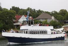 1997 48'6 x 16′ x 8'9 GRP Passenger Vessel