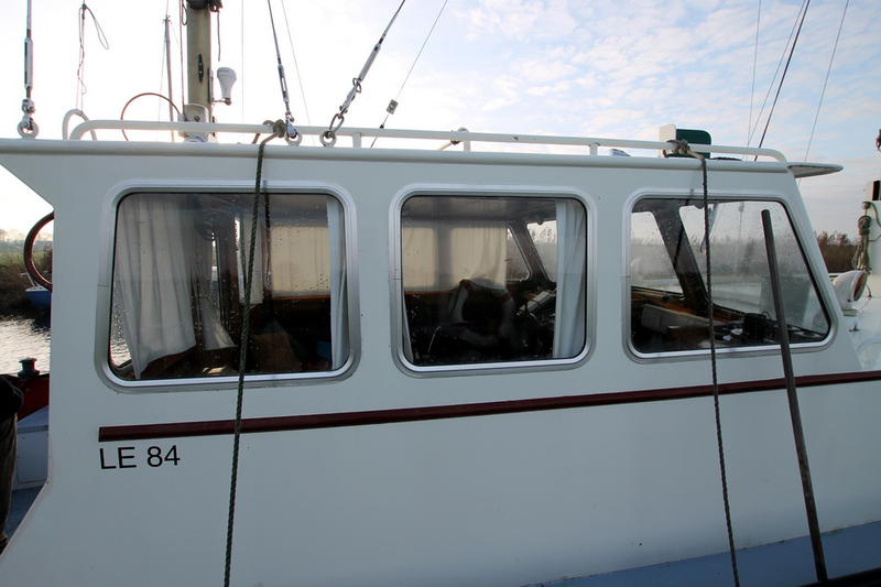 motor sail cutter, perfect for short or longer trips