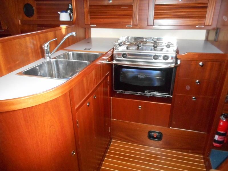 2006/7 Maxi 1100 Cruising Yacht