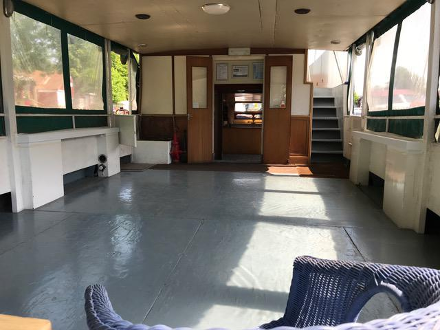 60ft Houseboat on or off Residential London Mooring - Hampton Court