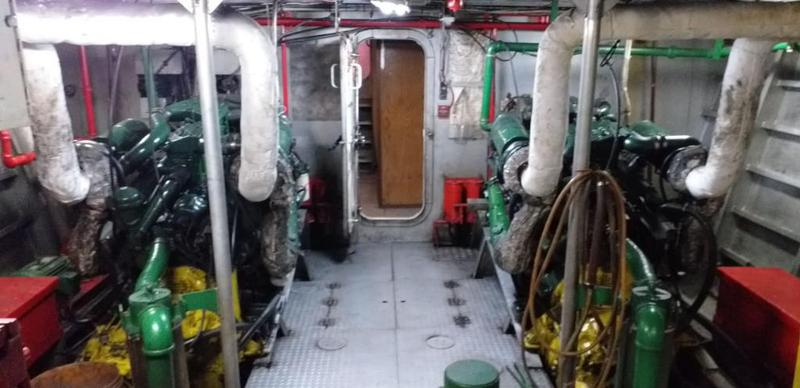 1989 Crew Boat For Sale & Charter