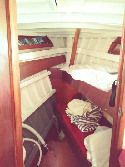 Twin berth foreward cabin with wc and basin