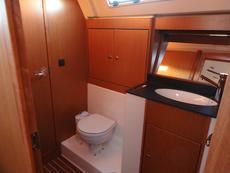 Head compartment