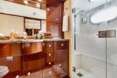 Guest King Bath