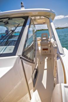 2019 Boston Whaler 380 Realm For Sale