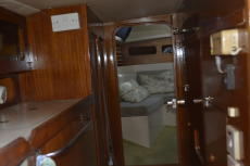 Saloon to aft Cabin