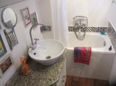 Bath & shower.