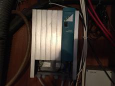 Mastervolt 80 p/h shorepower charger