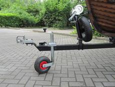 Jockey Wheel, winch and spare wheel