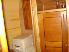 Main bedroom 1st toilet