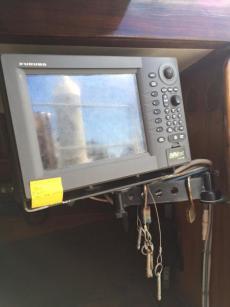 GPS / Radar on Swinging post to helm