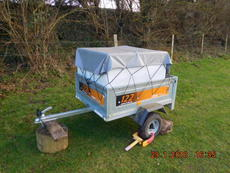 Trailer and 500ltr water container and possibly a Honda CRV 07 plate with tow bar.