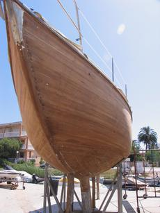 The hull construction revealed during restoratiion