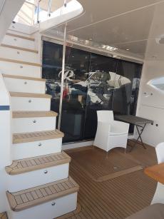 Carine Yachts  - Luxury Yacht Brokerage | Princess 72 (2011 Model) 2011 | Photo 15