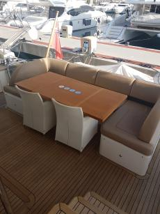 Carine Yachts  - Luxury Yacht Brokerage | Princess 72 (2011 Model) 2011 | Photo 21