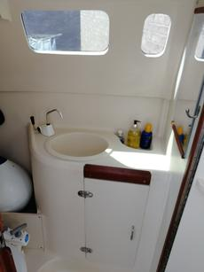 Separate Head & Sink with Hanging Space