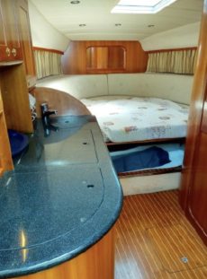 Carine Yachts  - Luxury Yacht Brokerage | Windy 32 Scirocco 2003 | Photo 18