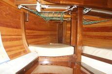 port berth pipe cot