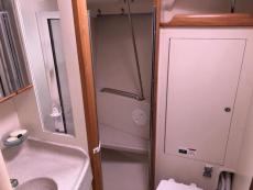 Head w Stall Shower