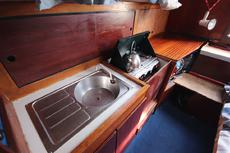 Colvic Sailer 26 galley