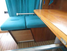 seating extension for 4 place table