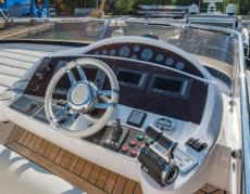 Carine Yachts  - Luxury Yacht Brokerage | Sunseeker Manhattan 60 2009 | Photo 13