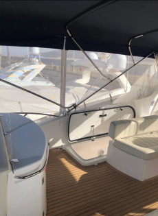 Carine Yachts  - Luxury Yacht Brokerage | Sunseeker Manhattan 60 2009 | Photo 17