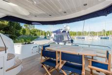 Carine Yachts  - Luxury Yacht Brokerage | Sunseeker Manhattan 60 2009 | Photo 29