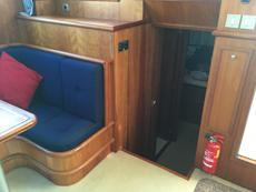 Saloon leading to stern