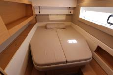 stern bow double cabin