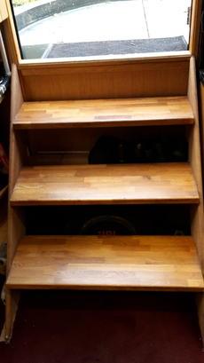 Oak entry steps