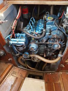 Nanni 3-cylinder diesel engine