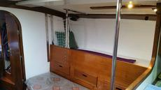 Starboard saloon bunk