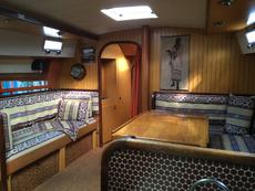 Main Saloon starboard