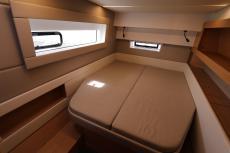 stern starboard double cabin