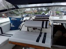 Cockpit Seat