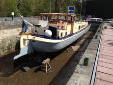 Drydock 2015, hull priming