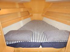Forward double bunk