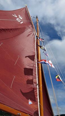 Gaff rigg mainsail & wooden mast