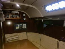 Saloon/Extra double berth