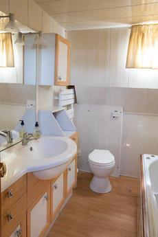 Bathroom with Spa-Bath & Shower