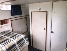 Aft Cabin - Closet