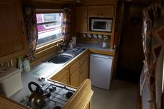 Galley with cooker, 12v fridge and microwave