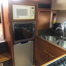 Galley Fridge / Oven / Microwave