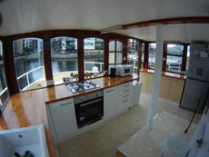 Well equiped wheelhouse galley