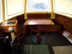 Cockpit with folding table